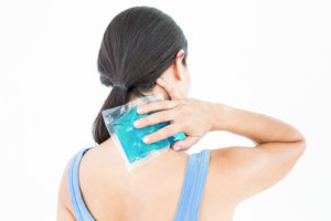 The Difference Between Applying Heat & Ice For Back Pain