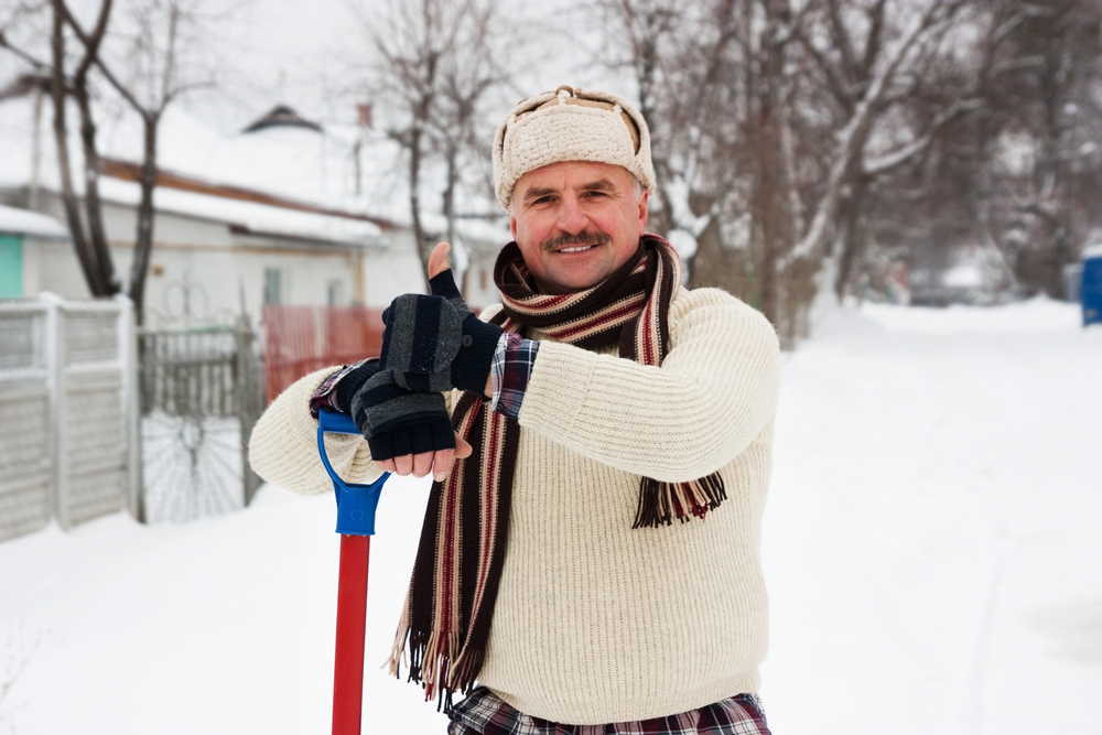 Sciatica in Winter: Does Cold Weather Make Symptoms Worse?