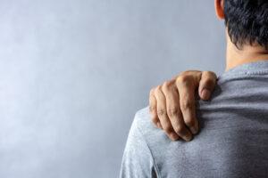 Shoulder Pain Symptoms You Shouldn't Ignore